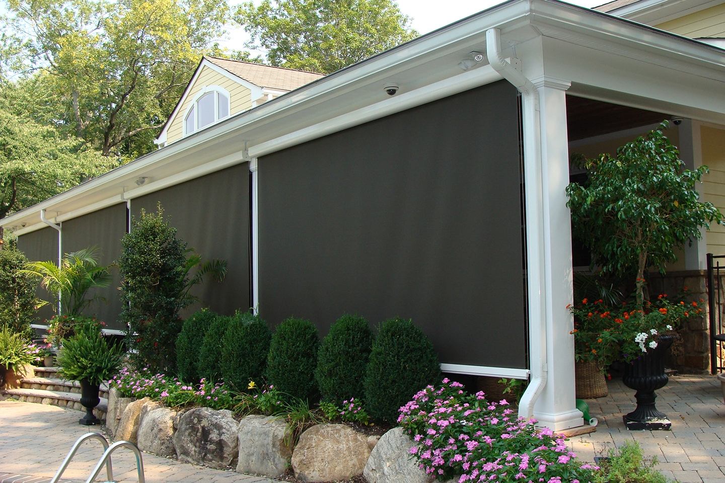 Awnings - Modern Outdoor Spaces | Palm Desert Patio Experts